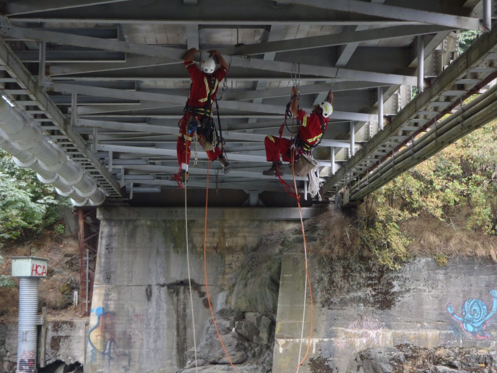 Bridge-Inspection-Aid-Climb